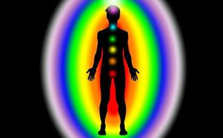 Indra Keenam Bukan Spiritual